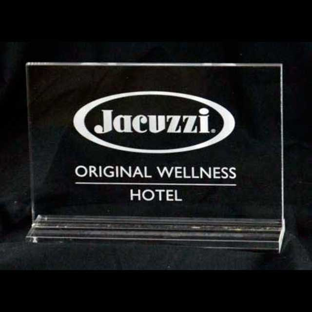 targa plexiglass da banco Jacuzzi marcata laser