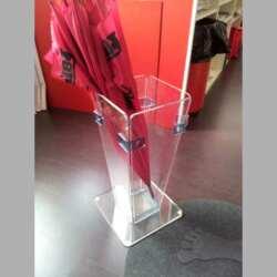 portaombrelli plexiglass trasparente e azzurro fluo