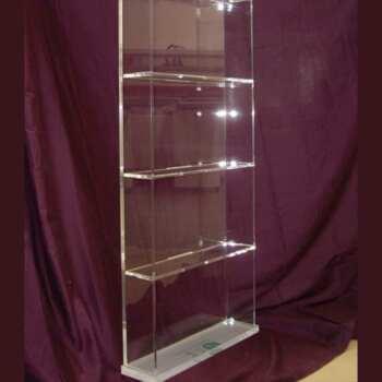 Meuble plexiglas présentoir à étagères en transparent 10 mm et H 170 cm. Tous les produits sont visibles à 360°. Ouverture à glissière