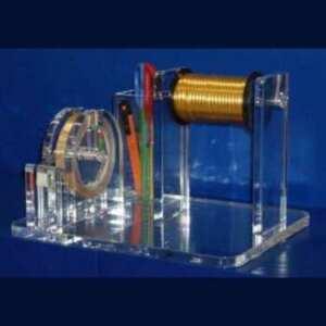 Porte scotch et rubans plexiglas paquets cadeaux. En transparent brillant, il a un porte scotch, porte ciseaux, porte ruban pour boutiques