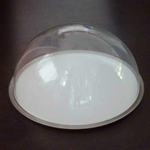 Cloche plexiglas couvrante pour plateau alimentaire, une demi-sphère. Choix d'une prise en plexiglas au-dessus du dôme, agréée pour aliments