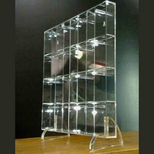 mobile plexiglass a caselle per chiavi camere albergo