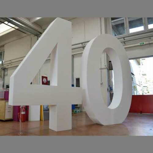 sagoma polistirolo gigante 40° anniversario 1