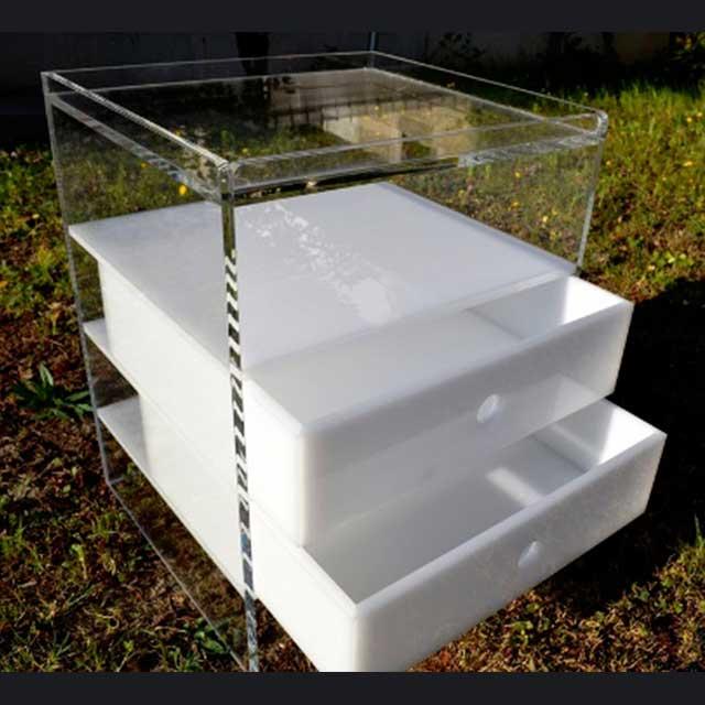 comodino plexiglass trasparente e opal 1 ripiano 2 cassetti