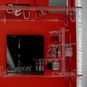 Mensole plexiglass con reggimensole sagomate invisibili 8Hx4 cm, taglio sagomato per inserire la mensola ma anche lavorati per l'estetica