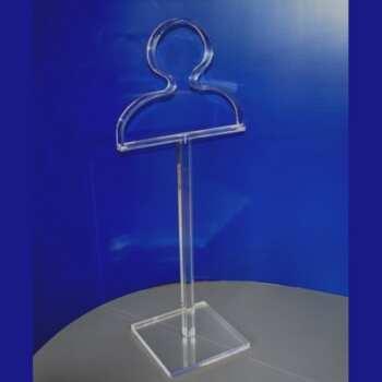 Cintre valet de chambre plexiglas ou élégant serviteur muet, pas l'habituel en bois, en plexiglas transparent thermo-formé. La déco change.