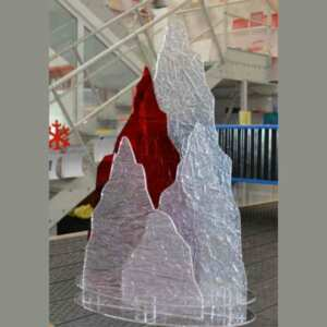 Décoration de Noël en plexiglas givre Frost pour aménager une vitrine d'hiver ou de Noël. Tout le plexiglas sur mesure que vous voulez !