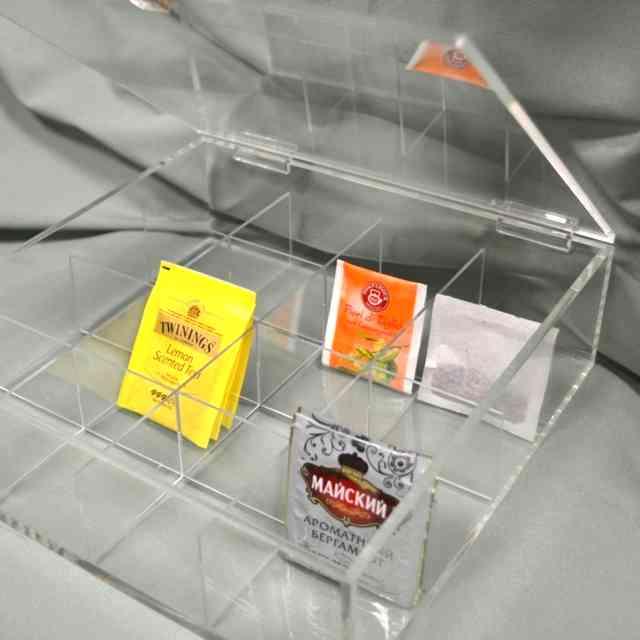 Scatola plexiglass trasparente con coperchio a cerniere