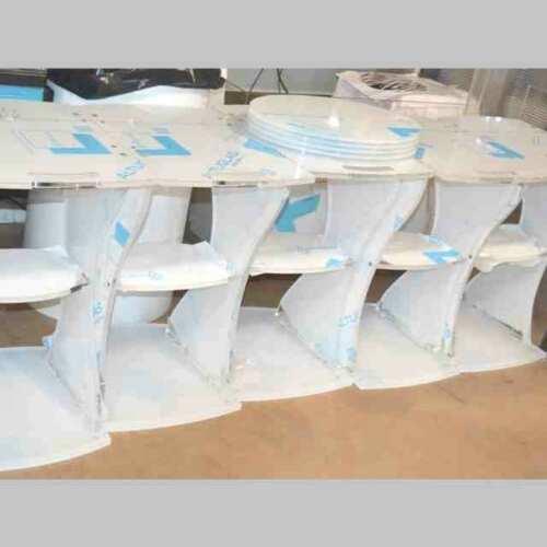 Carrelli plexiglass per apparecchiature medicali