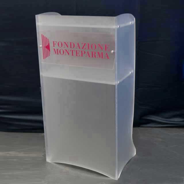 Podio Leggio plexiglass satinato conferenze Fondazione Monte Parma