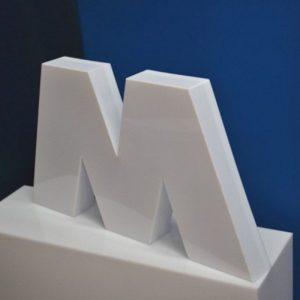 Lettere scatolate plexiglass opal a led cm H50 P9