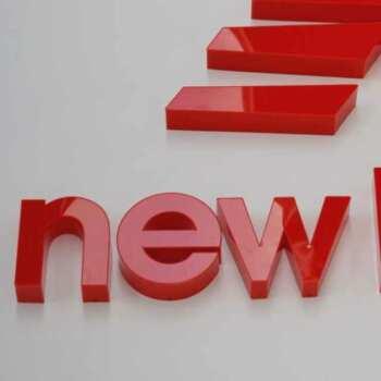 Lettere scatolate a led plexiglass rosso