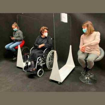 Ecran de protection mobile anti contagion, séparé pour vos bureaux, la privacy la sale d'attente et les salons de coiffure, sur roues, lavable, hygiénisable