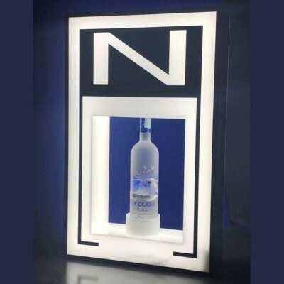 Espositore passante luminoso plexiglass a scatola per bottiglia